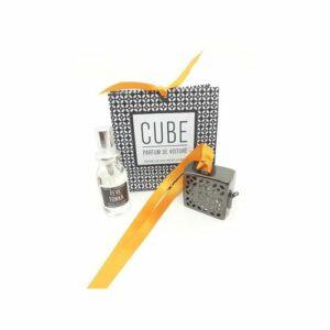 petit cube en laiton argent noir ajouré